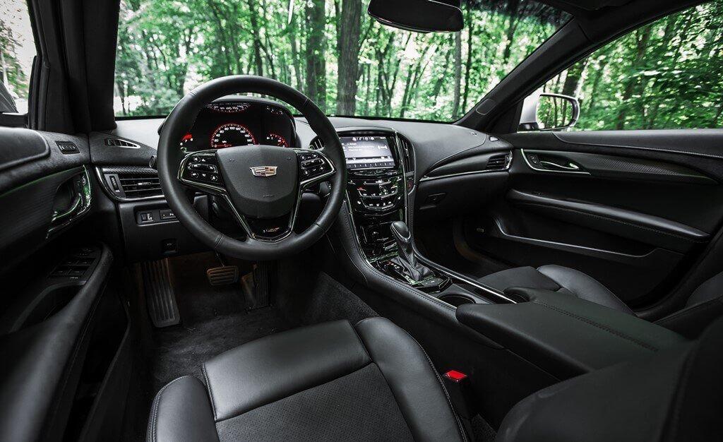 2019-Cadillac-ATS-V-Interior-Dashboard