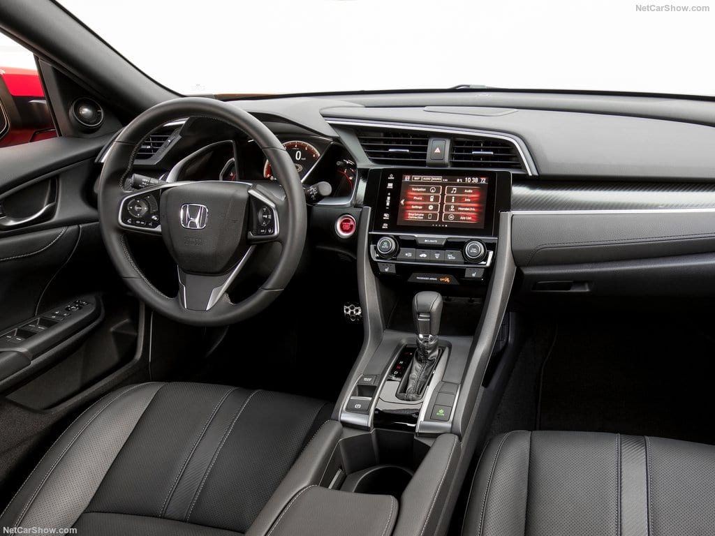 Honda-Civic_Hatchback-2017-1024-72