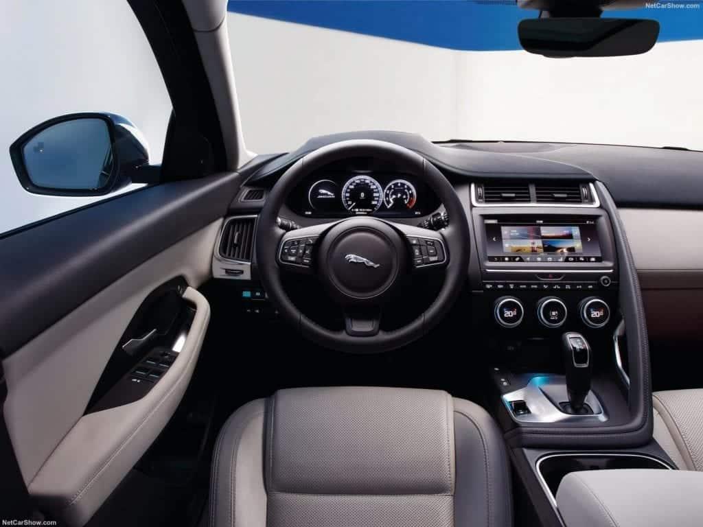 Jaguar-E-Pace-2018-1600-8b