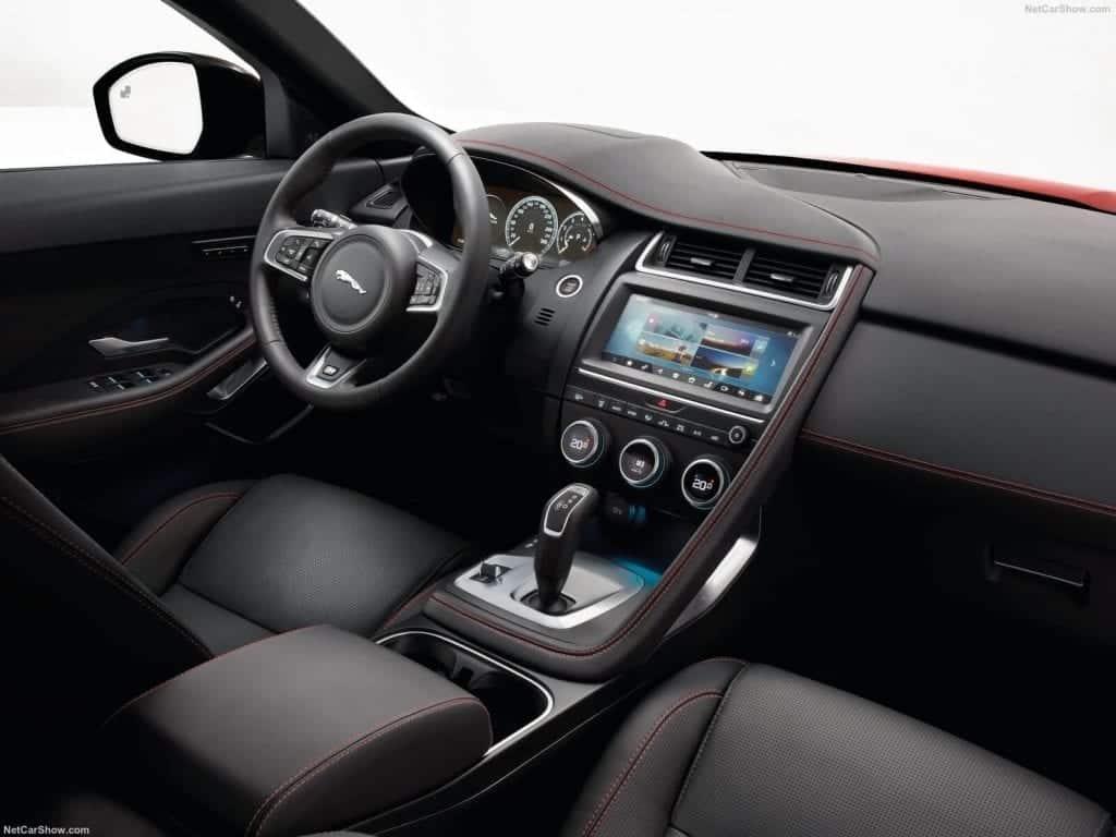 Jaguar-E-Pace-2018-1600-8f