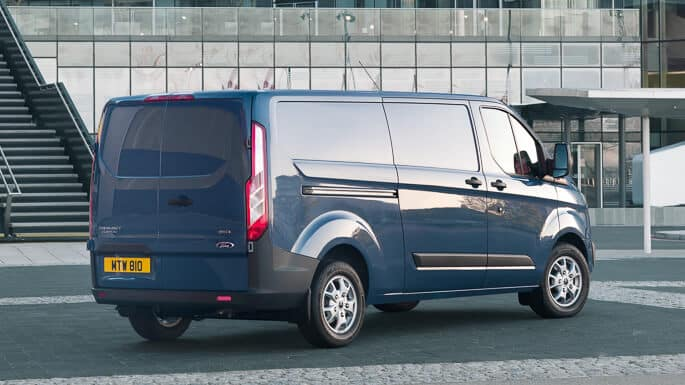 ford-transit-custom-new-Rear