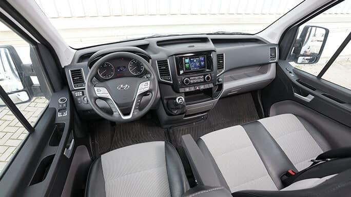 hyundai-h350-new-Interior