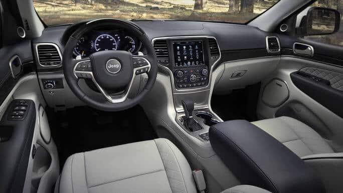 jeep-grand-cherokee-new-Interior