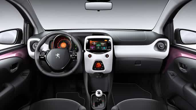 peugeot-108-new-Interior