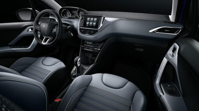 peugeot-208-new-Interior