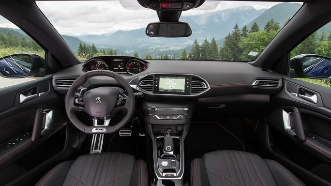peugeot-308-new-Interior