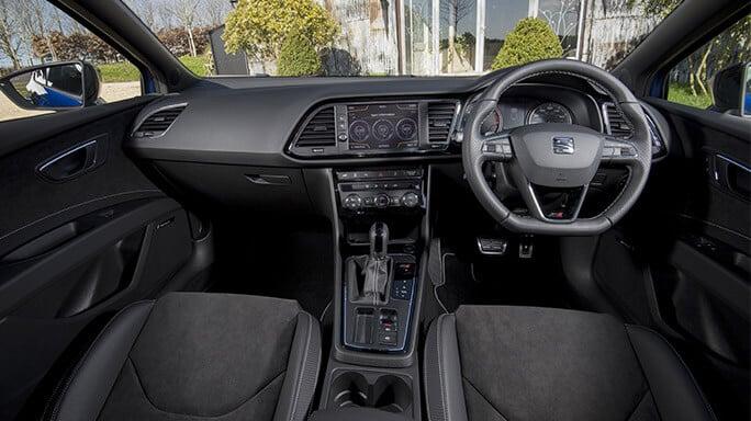 seat-leon-cupra-new-Interior