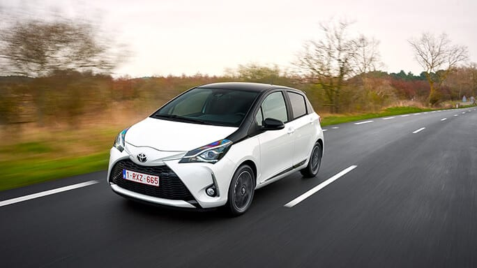 toyota-yaris-new-Front
