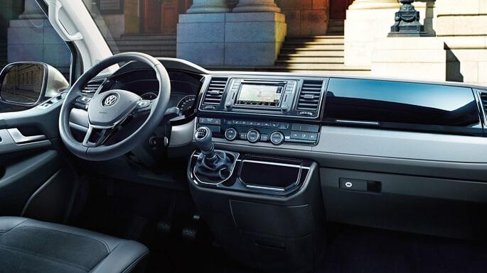 volkswagen-caravelle-new-Interior