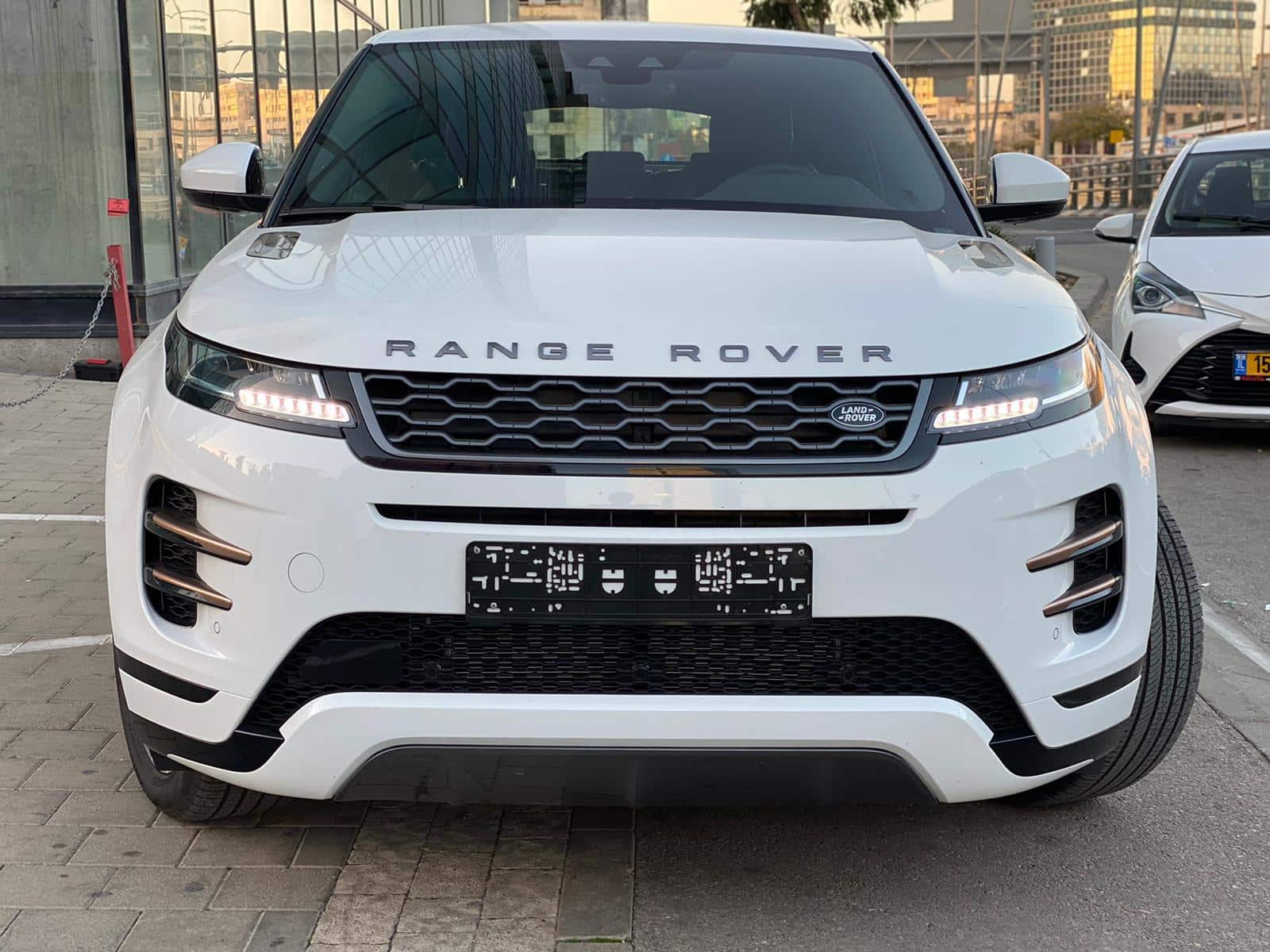 RANGE ROVER ריינג' רובר תמונת הגה גריל רכב