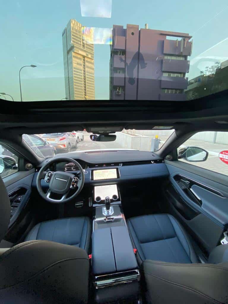 RANGE ROVER ריינג' רובר תמונת הגה רכב מבפנים